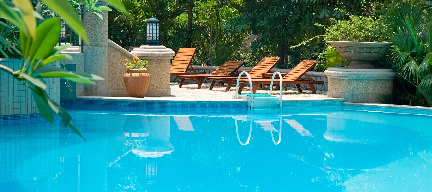 Mantenimiento de piscinas granagua empresa dedicada al for Mantenimiento de la piscina